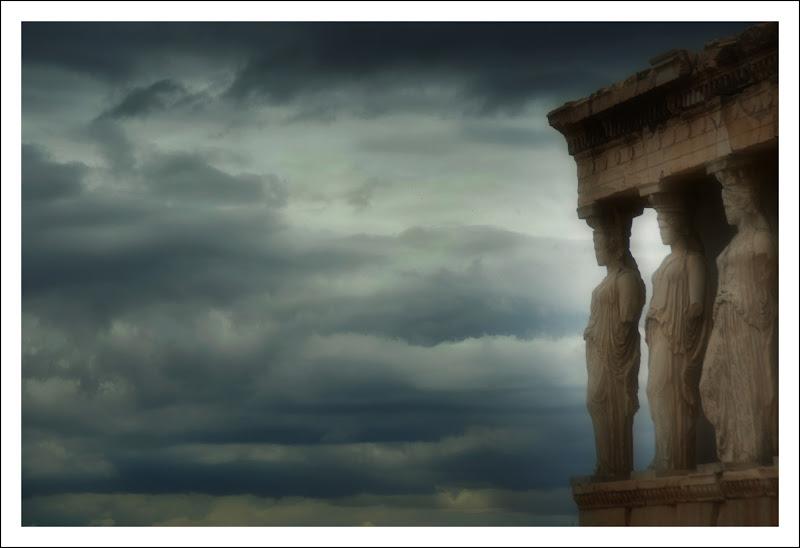 """""""Cariatidi"""" Acropoli di Atene di cristinababuder"""