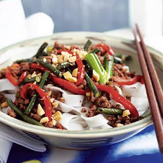Garlic Beef Stir-Fry with Green Beans.