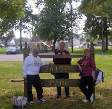Photo: Seymour IN - Don, Caroll, and Linda