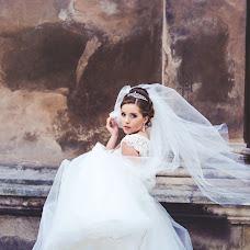 Wedding photographer Oksana Zarichna (photobyoz). Photo of 20.03.2017