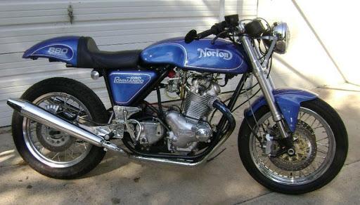 Norton Commando VR 880 construite par les ateliers de Kenny Dreer, Vintage Rebuilds.