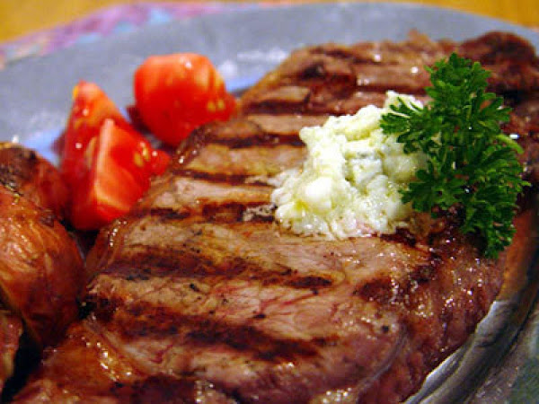 Blue Cheese Topped Steak Recipe