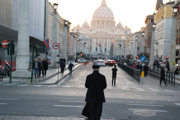 Camminando verso il vaticano di Cerzone1
