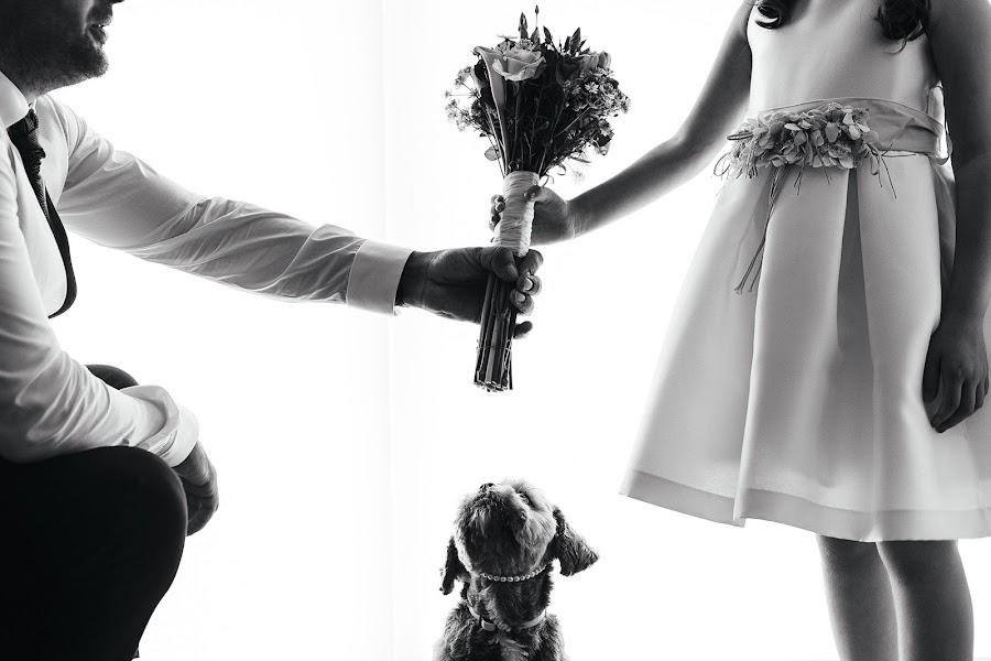 Wedding photographer Carlos Sardà (carlossarda). Photo of 14.09.2015