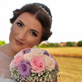 by Sasa Rajic Wedding Photography - Wedding Bride ( wedding photography, wedding, vojvodina wedding, bride, flowers )