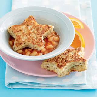 Cheesy French Toast with Baked Beans.