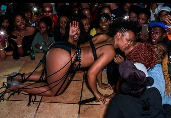 Germs? Nah. Zodwa just wants to please.