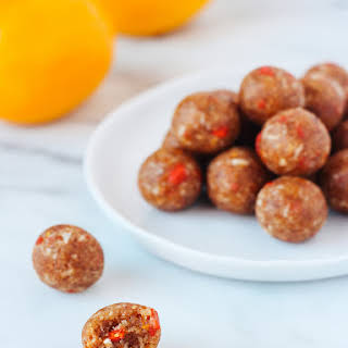 RAW LEMON GOJI BERRY BITES.