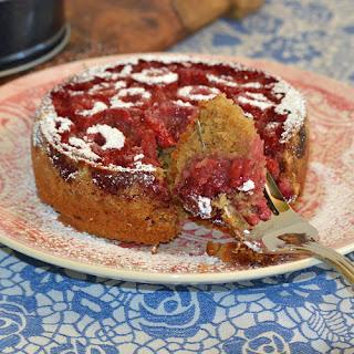 Spelt Raspberry Cake