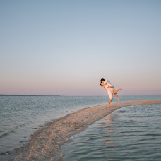 Wedding photographer Anastasiya Petropavlovskaya (panni). Photo of 10.12.2015