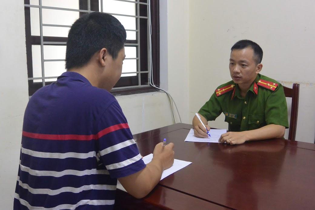 Người dân trình báo thủ đoạn lừa đảo chiếm đoạt tài sản tại Phòng Cảnh sát Hình sự Công an Nghệ An