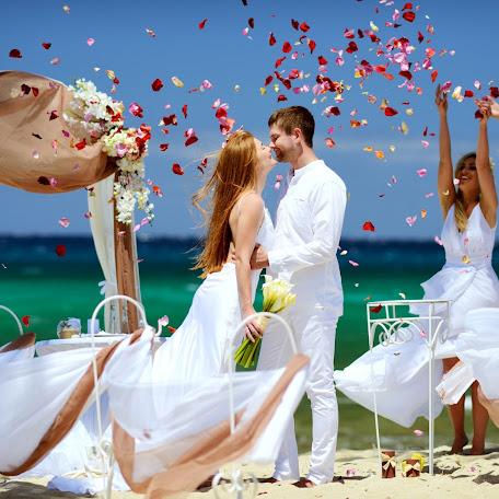 Wedding photographer Stanislav Simonov (simonovstas). Photo of 03.01.2016