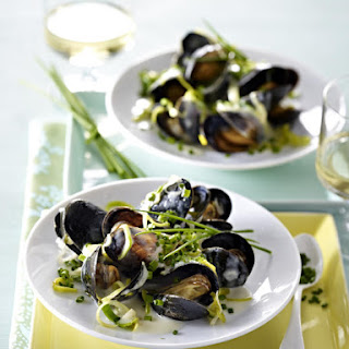 Mussels in White Wine Cream Sauce
