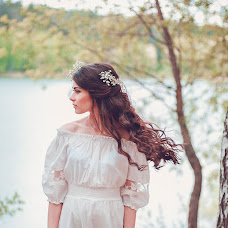 Wedding photographer Kamilla Vezdeneckaya (yuzuki). Photo of 20.05.2015