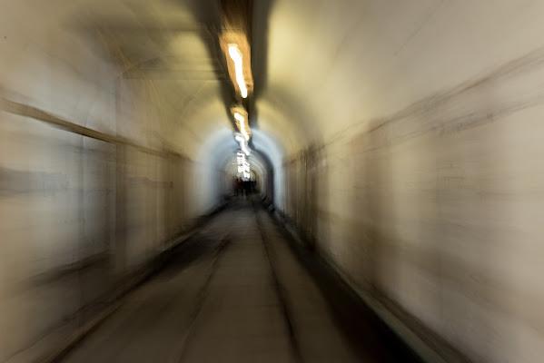 Alla fine del tunnel di Ivan Bertusi