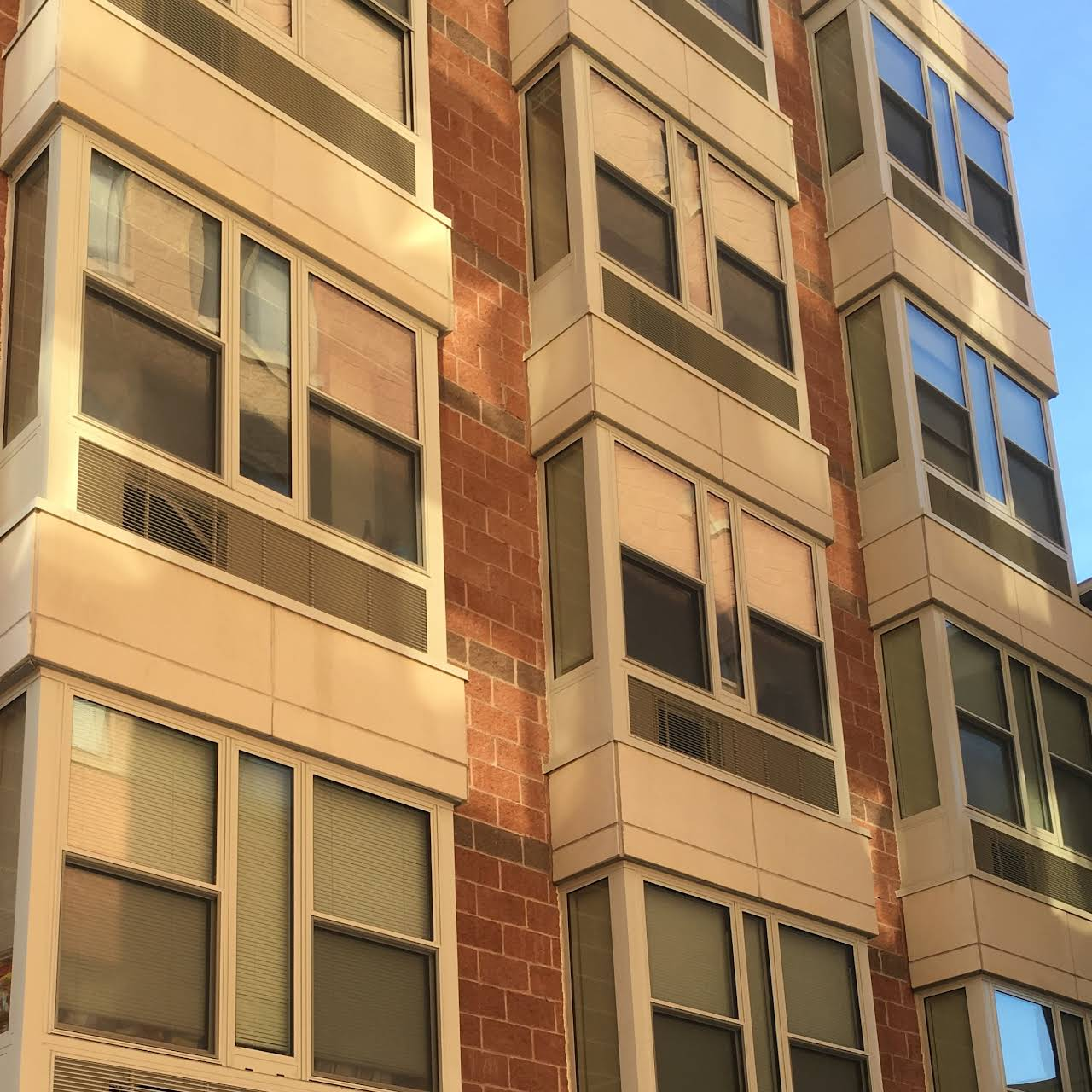 Fontana Apartments - Furnished Apartment Building in Ithaca