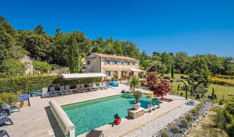 Maison avec piscine Murs