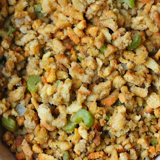 The Best Cornbread Stuffing