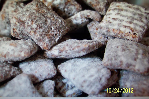 Chocolate Puppy Chow - Steph Recipe