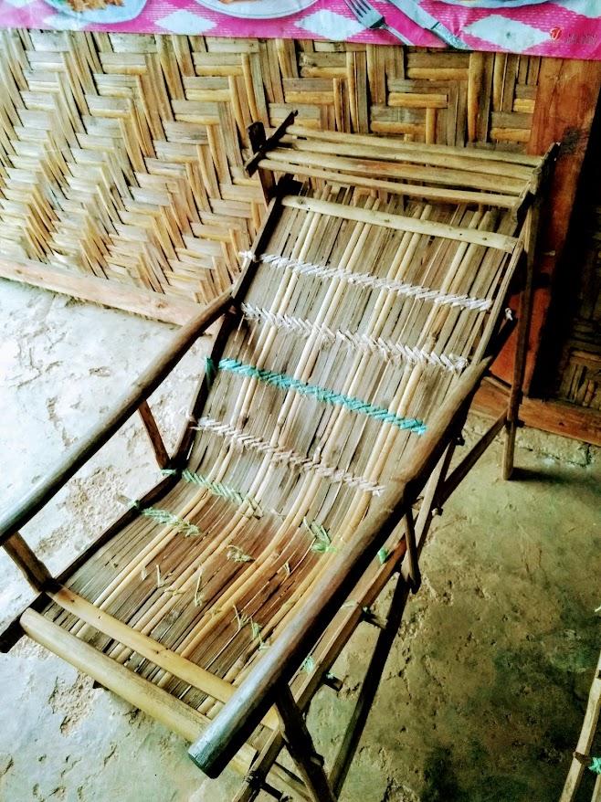 竹製の椅子