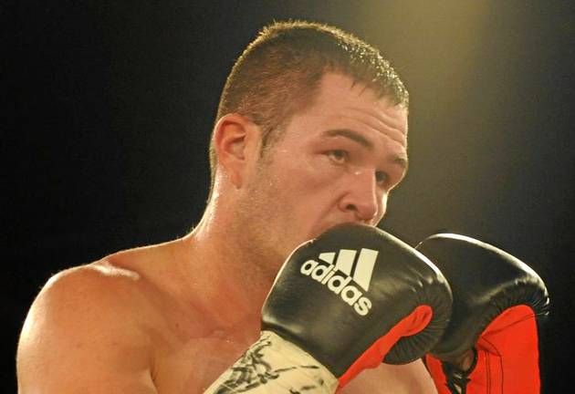 Johnny Muller is confident he can unlock the cagey style of southpaw opponent Thabiso Mchunu on Saturday night.