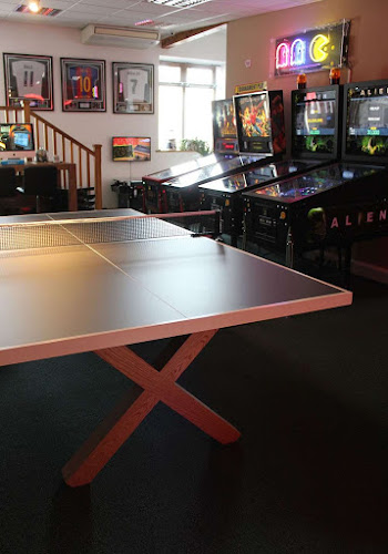 Bespoke X Leg table tennis design