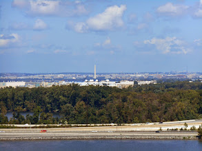 Photo: D.C. from the top of the wheel; that's the Washington Monument.