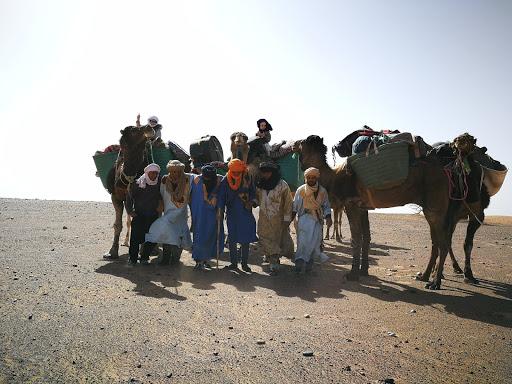 Stage énergétique en connexion avec les dromadaires dans le désert Chantal Vereyen