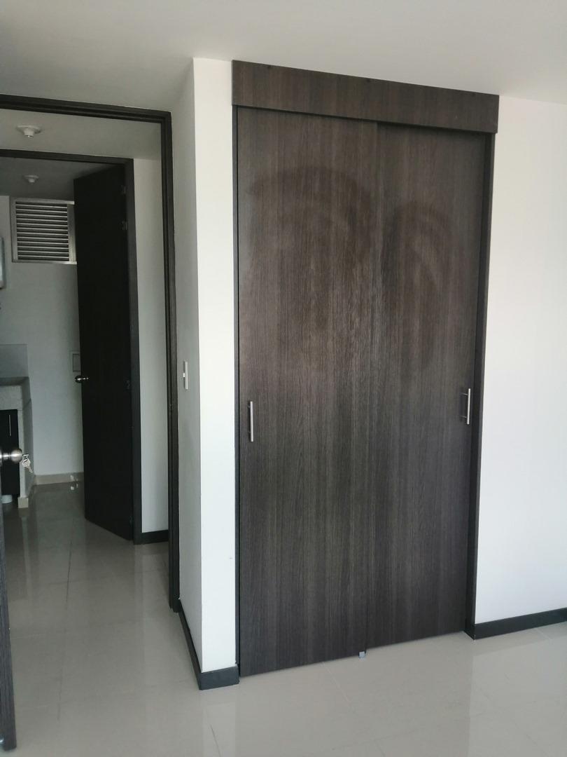 apartamento en arriendo niquia 679-24213