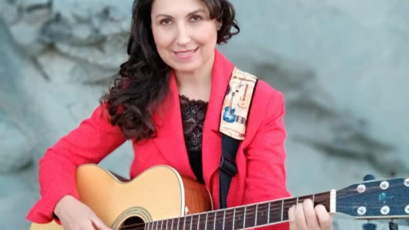 Loli Muñoz presenta su primer disco en el Apolo.