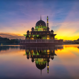 Mosque at Putrajaya Malaysia views during sunrise by Shahrin Ayob - Buildings & Architecture Places of Worship ( putrajaya, lakeside, mosque, sunrise, muslim, islam, reflection, malaysia )