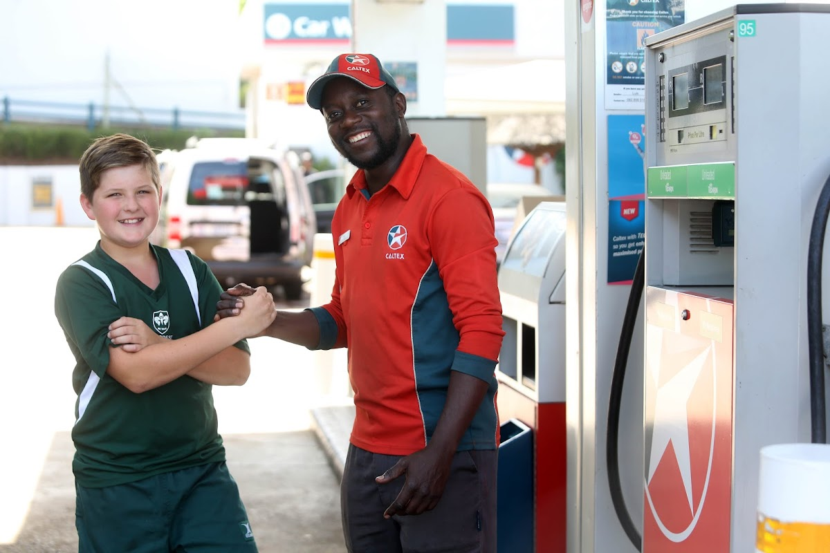 10-year-old boy uses his savings to buy new bicycle for petrol attendant