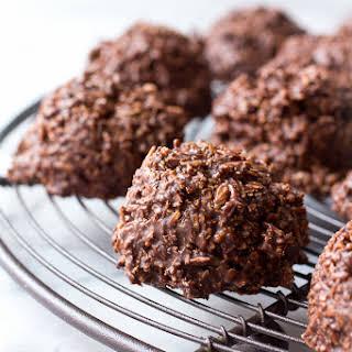 No-Bake Chocolate Macaroons.