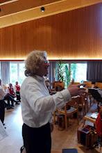 Photo: Der Dirigent Jörg Frei in Aktion