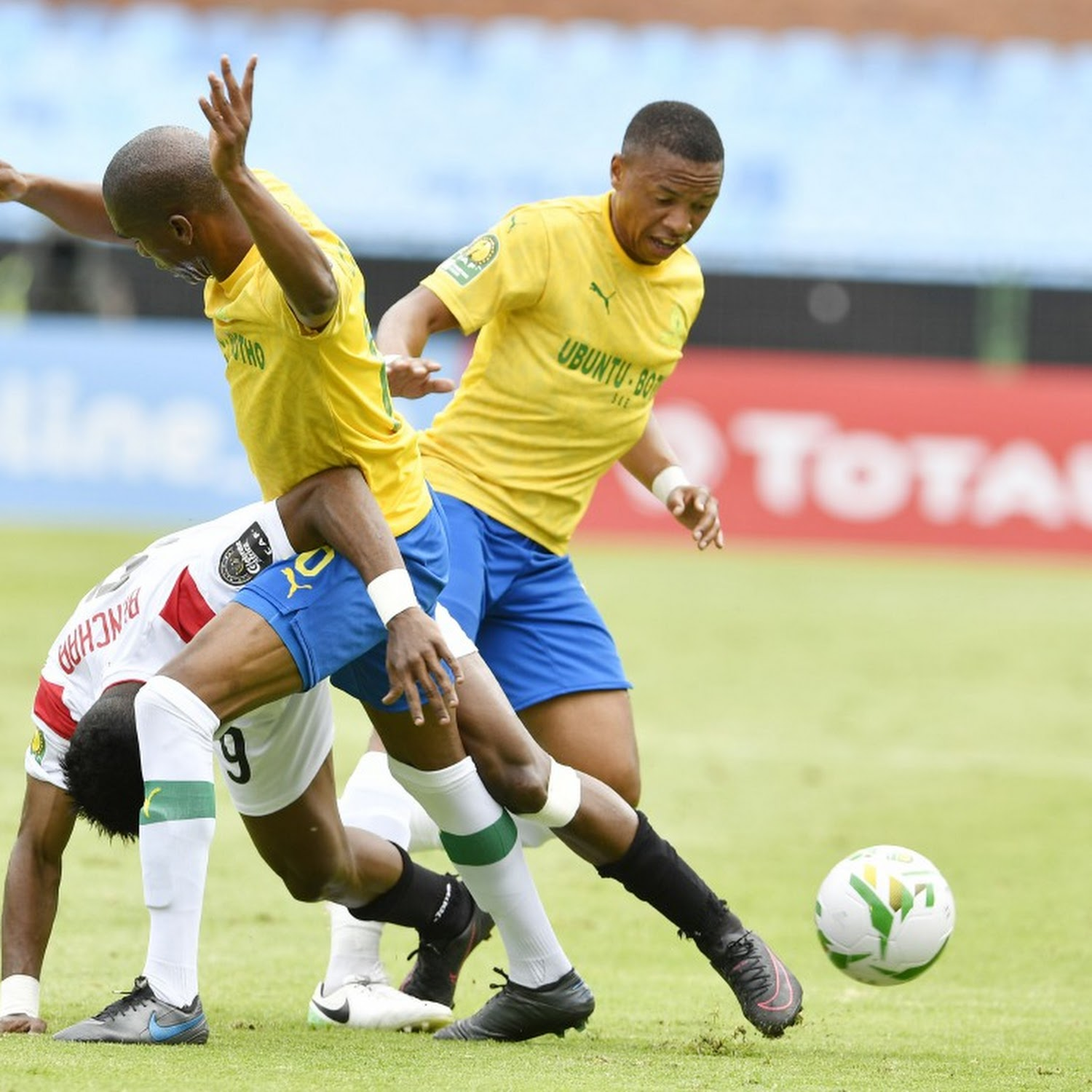 Lack Of Support From Sundowns Fans Irks Anele Ngcongca