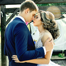 Wedding photographer Aleksandra Lobashova (Lobashovafoto). Photo of 16.12.2017