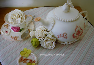 Photo: Teapot cake by Flordelynt