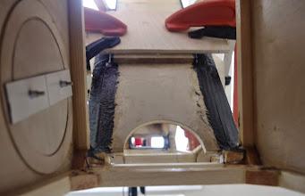 Photo: j ai foiré le biseau du sandwich - rehausse d' 1 cm et pose de 2 cales pour ratrapper le support bas