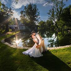 Wedding photographer Lukáš Zabystrzan (LukasZabystrz). Photo of 11.06.2017