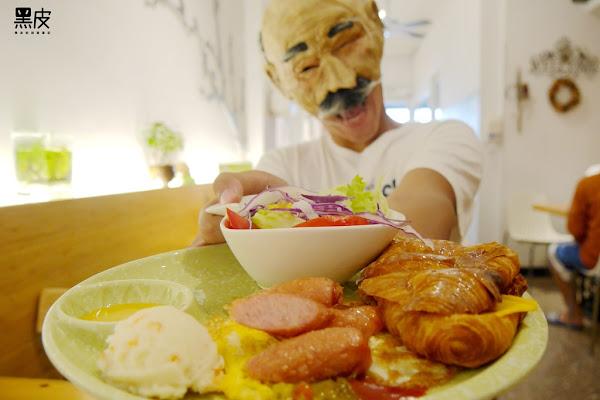 深呼吸早午餐廚房。嘉義大學周邊必吃美食。經濟又實惠的早午餐推薦。嘉義美食