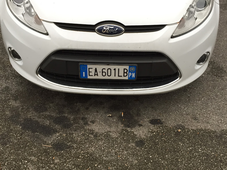 イタリアの車