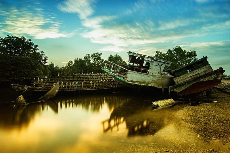 parking by Hendra Saputra - Transportation Boats