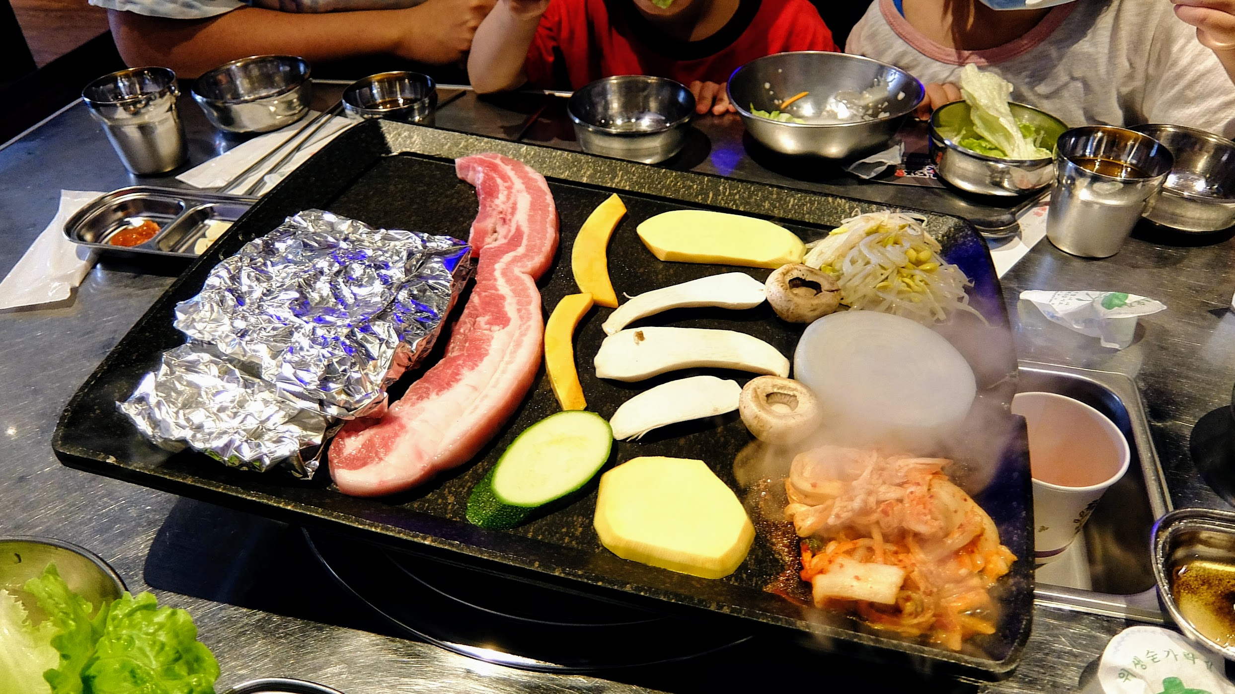 火烤盤韓國烤肉啊!