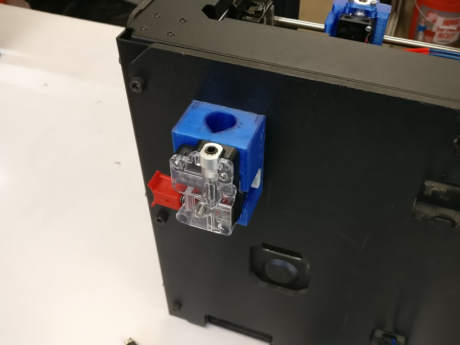 Hack Your MakerBot with an E3D All-Metal Hot End | MatterHackers