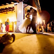 Wedding photographer Alessandro Arena (arena). Photo of 13.04.2014