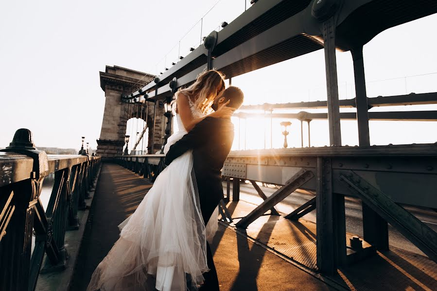 Wedding photographer Volodymyr Harasymiv (VHarasymiv). Photo of 13.12.2018