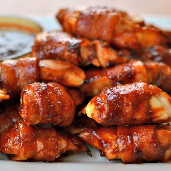 Sweet Bacon Wrapped Chicken Bites Are Super Easy, Quick To Make And Family Friendly Making For The Perfect Weeknight Meal Or Party Appetizer.  Pair With A Small Salad Or Bowl Of Vegetable Soup For A Complete Meal.