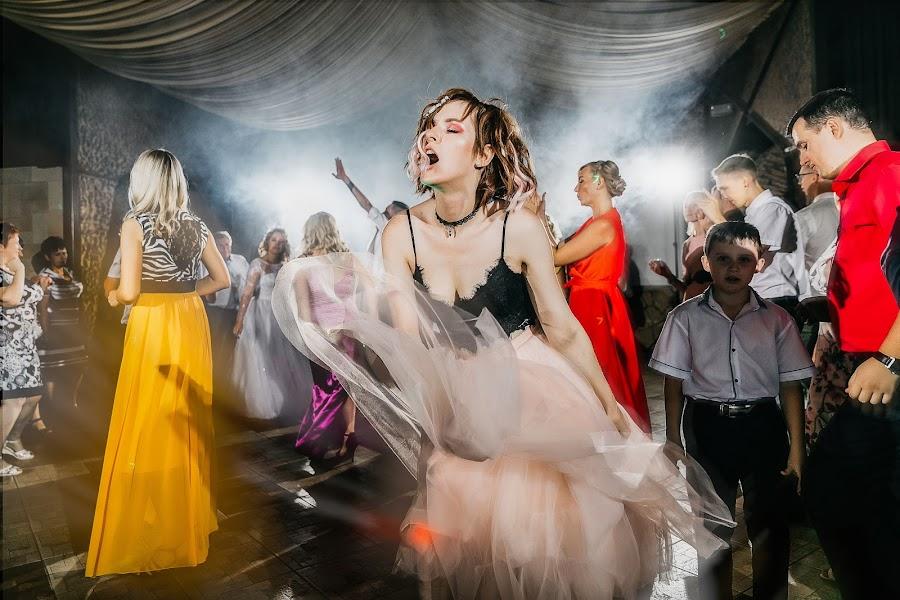 Wedding photographer Evgeniya Rossinskaya (EvgeniyaRoss). Photo of 15.07.2019