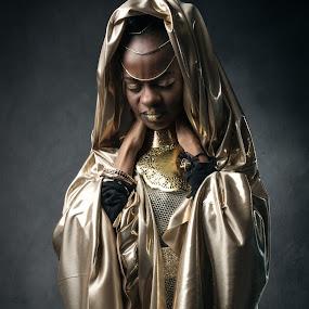 Pur Gold by Eric Bureau - People Portraits of Women ( studio, black & gold, model, african, gena, photoshoot )