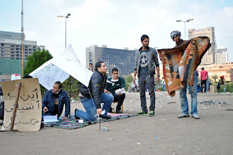 Photo: Another group of youth setting up for a long-term stay in Tahrir Square.